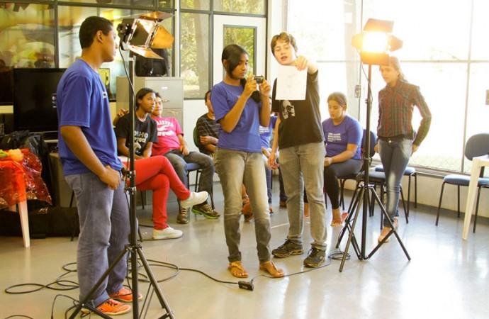 Projeto ensina cinema a crianças e adolescentes do setor leste de Uberlândia