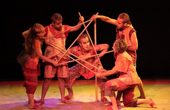 Temporada de Teatro Trupe de Truões começa dia 7 de Outubro em Uberlândia