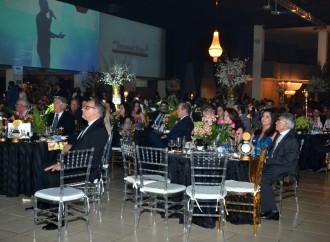 MELHORES DO ANO TOP 100 premia marcas e profissionais em grande festa