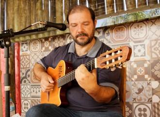 Sábado (21) tem especial Clube Da Esquina com Carlim de Almeida no Quintal da Dê