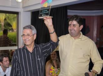 Após sucesso absoluto de vendas, Praça Alto Umuarama premia corretores