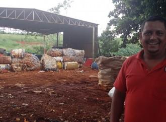 Trabalho conjunto gera renda para catadores em Uberlândia (MG)