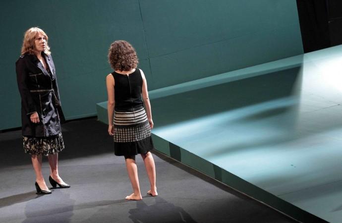 Pela 1ª vez em Uberlândia, Renata Sorrah e Cia Brasileira de Teatro encenam 'Esta Criança'