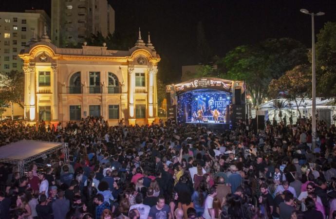 Fundinho Festival reúne 10 mil pessoas para ouvir Jazz e Blues em Uberlândia