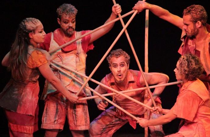 De 07 a 22 de outubro – Temporada de Teatro Trupe de Truões