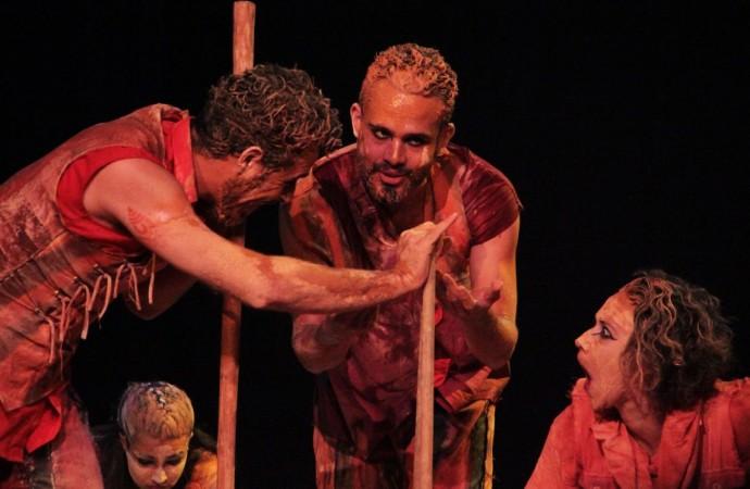 Temporada de Teatro Trupe de Truões continua em Uberlândia