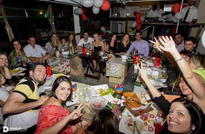Ação em restaurante de Uberlândia motiva gentileza entre pessoas