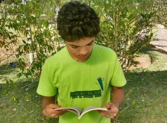 Em Abril, comemora-se o Dia Nacional do Livro Infantil e o Dia Mundial do Livro