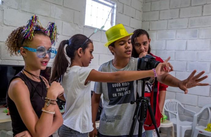 Cinema na periferia: CineOLHAR transforma realidade de 180 jovens em Uberlândia