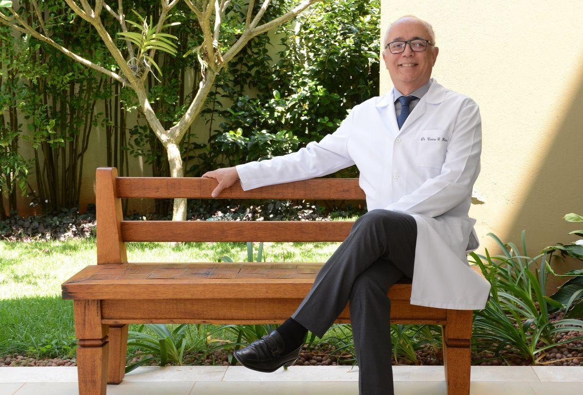 O reumatologista, Carmo Gonzaga de Freitas